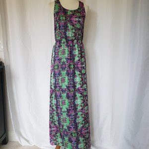 Forever 21 Maxi Dress. Size L.